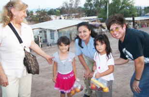 Three Female TF Volunteers Fed Immigrants and Orphans From Three Nations In Mexicali, Mexico